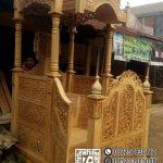 Bentuk Mimbar Ukir-ukiran Masjid Di Brebes