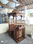 Mimbar Podium Ukiran Pesanan Masjid Agung Rembang