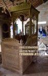 Mimbar Podium Khutbah Ukiran Kaligrafi Atap Kubah Masjid Agung Jember