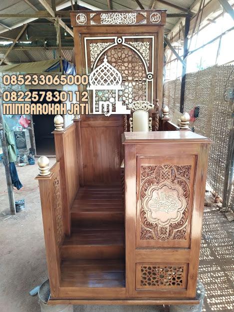 Harga Podium Mimbar Ukiran Mewah Pesanan Masjid Agung