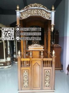 Podium Mimbar Ukir Mewah Pesanan Masjid Mojokerto
