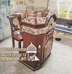 Bentuk Mimbar Meja Podium Masjid Agung
