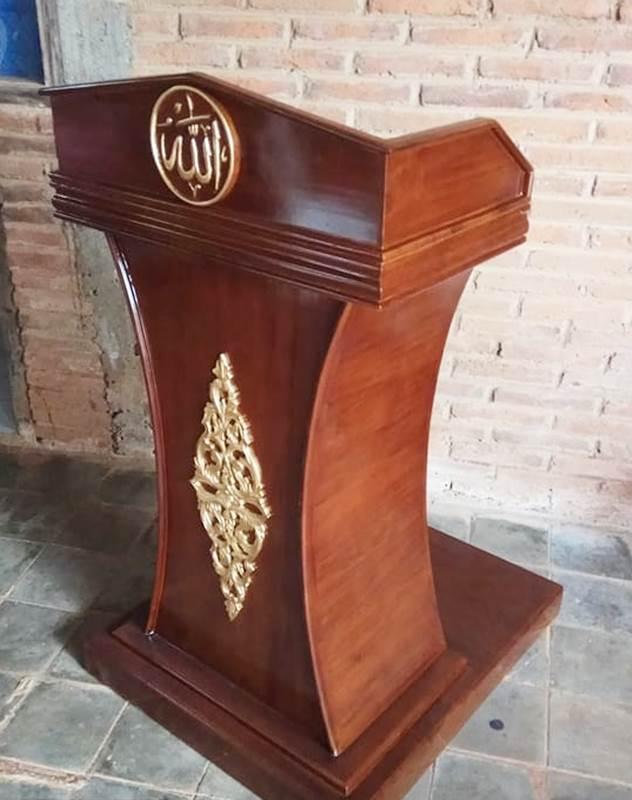 Podium Mimbar Kayu Standar Masjid Di Semarang