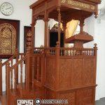 Mimbar Ukiran Masjid Besar