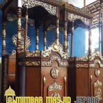 Mimbar Kayu Standar Masjid Agung