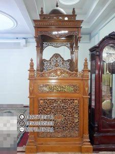 Mimbar Khutbah Masjid Ukuran Besar Atap Kubah Kayu Jati