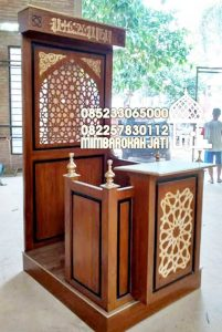 Mimbar Khutbah Masjid Ukuran Standar Classic Jati Jepara