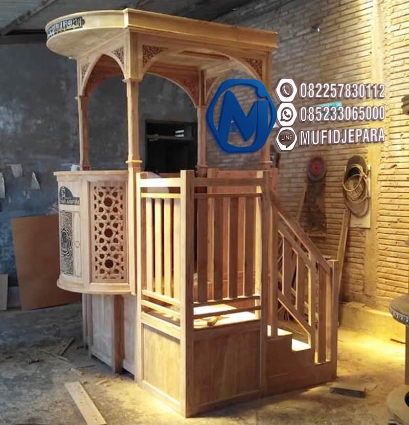 Podium Mimbar Masjid Minimalis Ukuran Besar Atap Kubah Jati Jepara