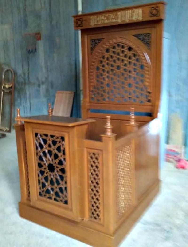 Podium Mimbar Masjid Minimalis Ukuran Kecil Atap Kubah Kayu Jati