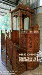 Mimbar Masjid Ukuran Besar Klasik Kayu Jati