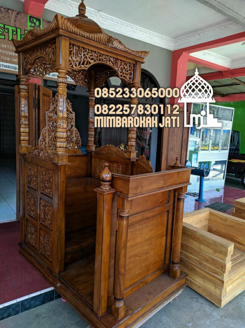 Podium Mimbar Masjid Blitar Kayu Jepara